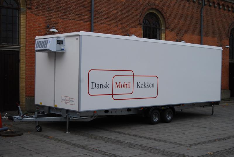 Dansk Mobil Køkken: Fryse- & Kølevogn A