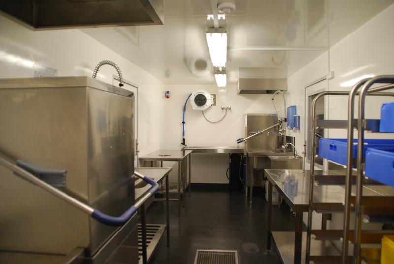 Dansk Mobil Køkken: Opvaskevogn